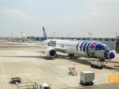 ANA Star Wars Plane at Changi Airport