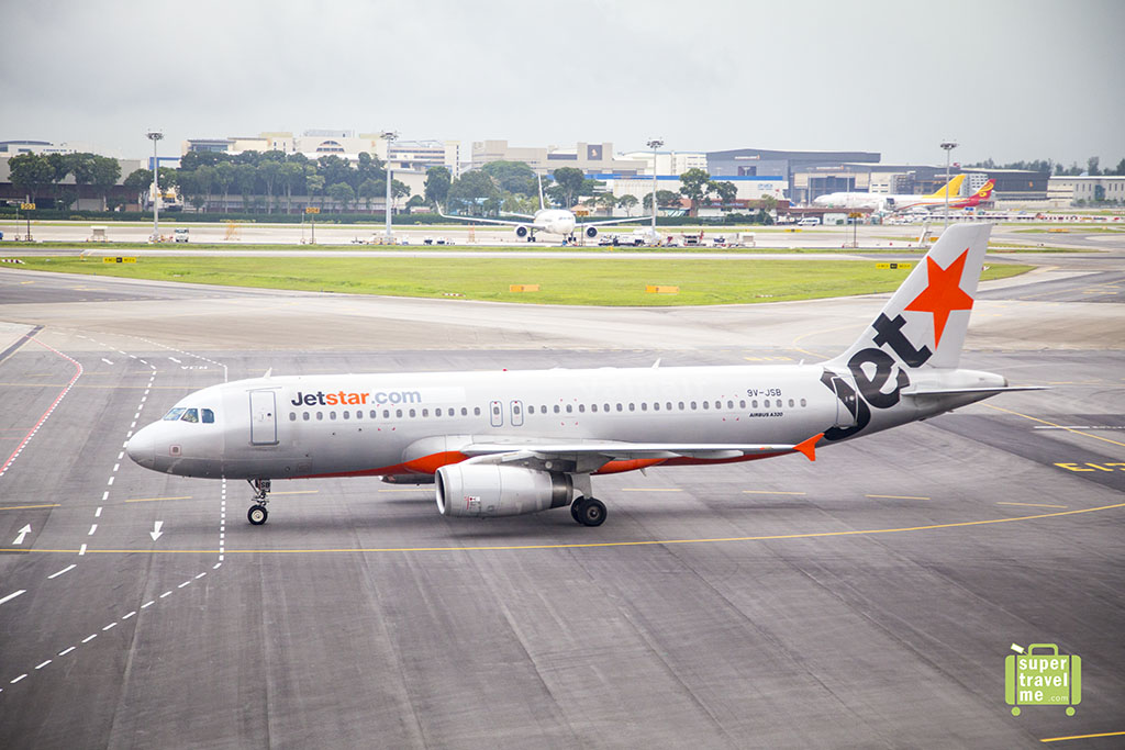 Competitive Airfares: Jetstar's competitive airfares are a huge plus. Their best deals are on domestic flights in Australia and to New Zealand, beating out a lot of their competitor's prices.