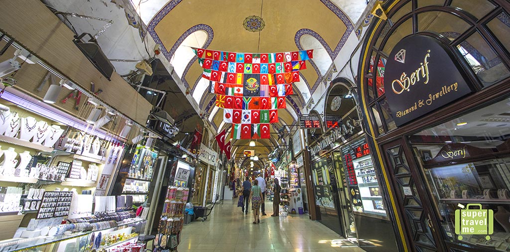 Grand Bazaar - Turkish Flags