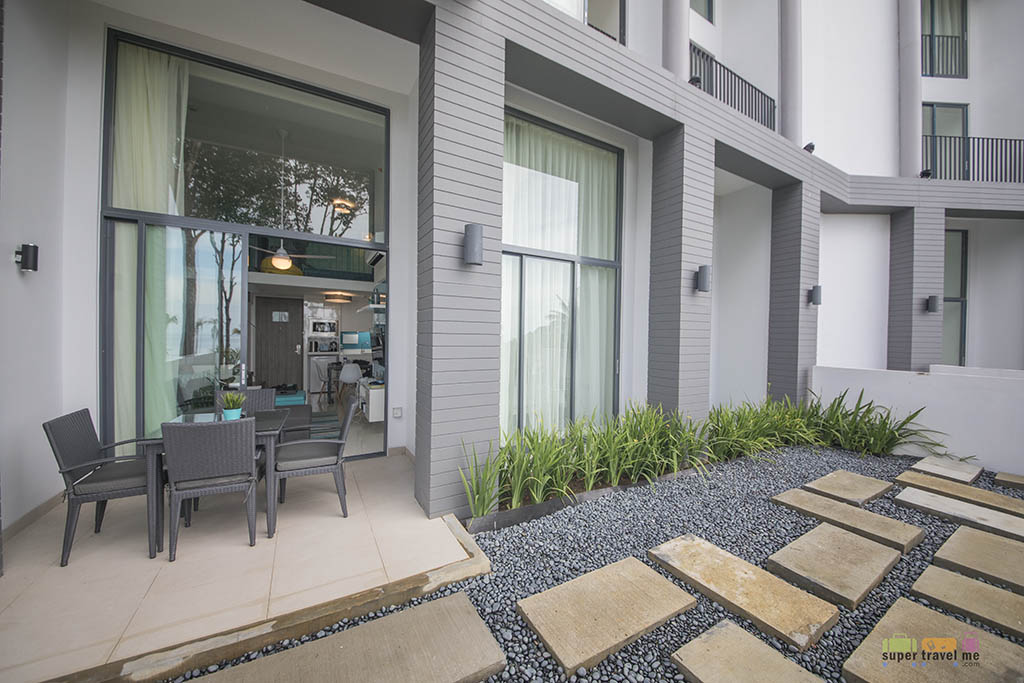 Cassia Bintan - 2 bedroom apartment porch 1G7A5542