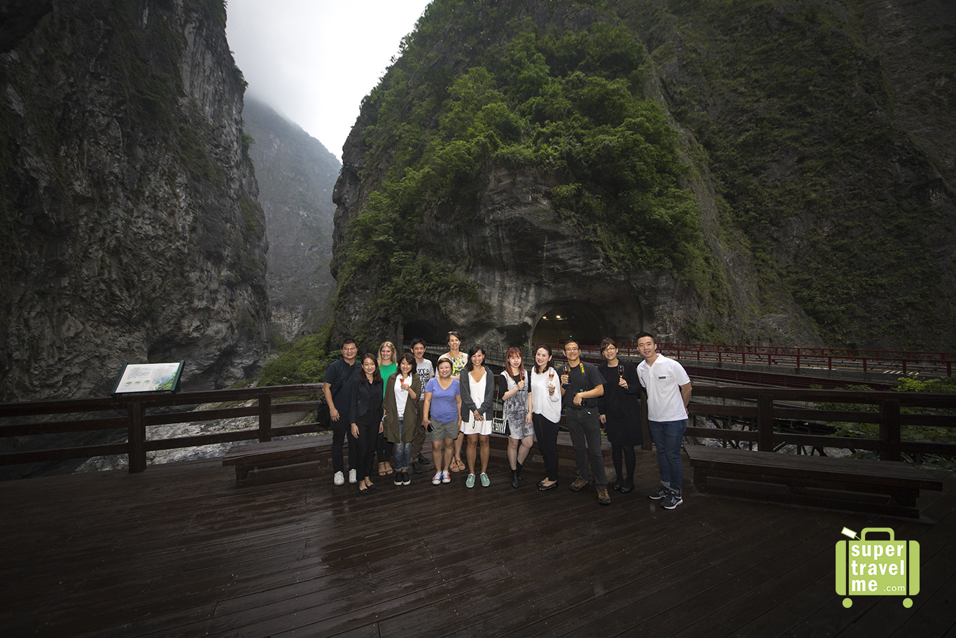 Silks Place Taroko Group Photo