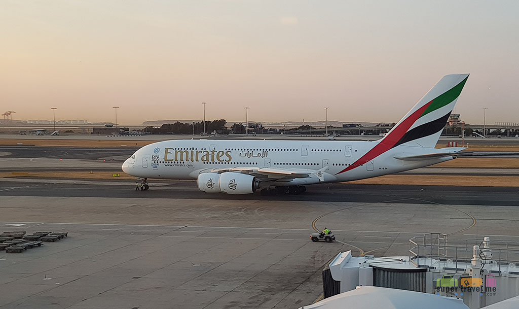 Emirates A380 at Sydney Airport (September 2017)