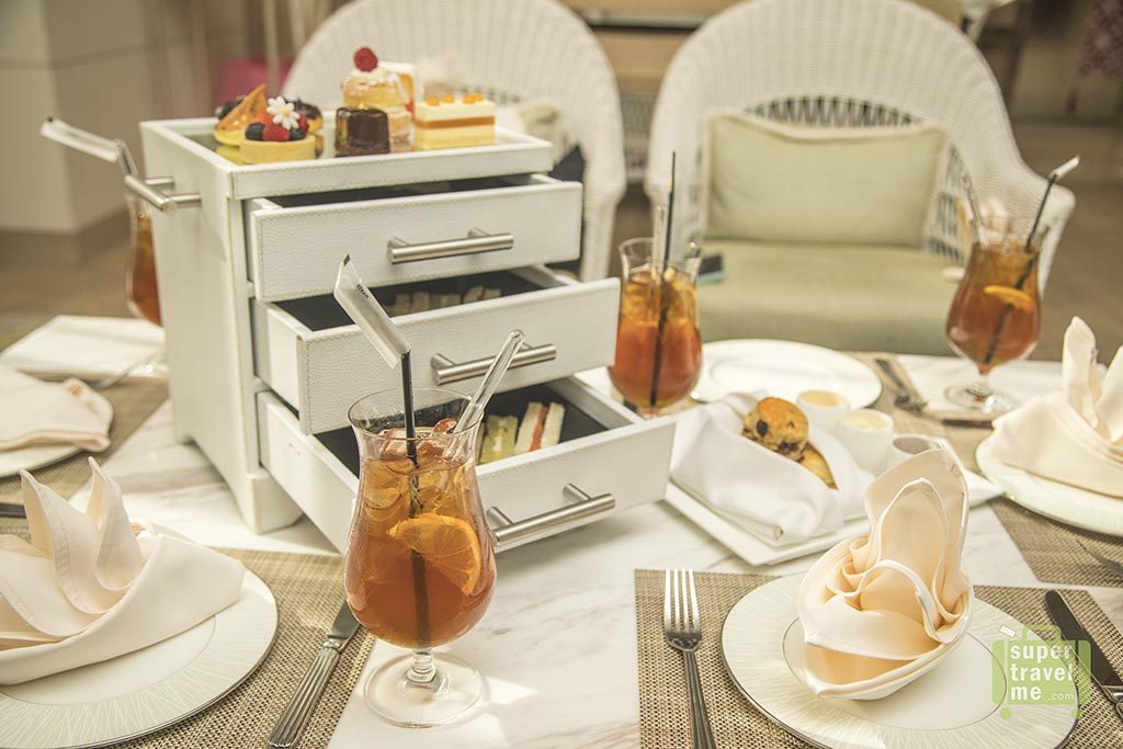 Fairmont Jakarta - Afternoon Tea at Peacock Lounge
