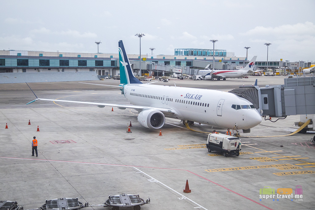 SilkAir Boeing 737 MAX 8 9V-MBA at Changi Airport 1G7A8423