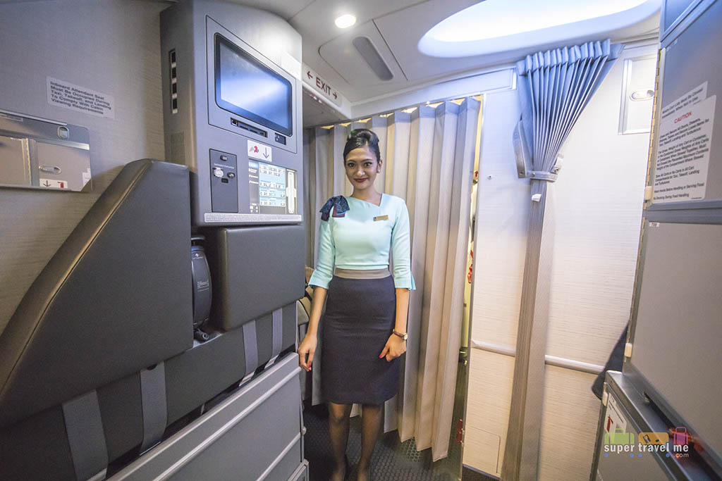 SilkAir Flight Attendant onboard B737 MAX 8 9V-MBA on 4 October 2017
