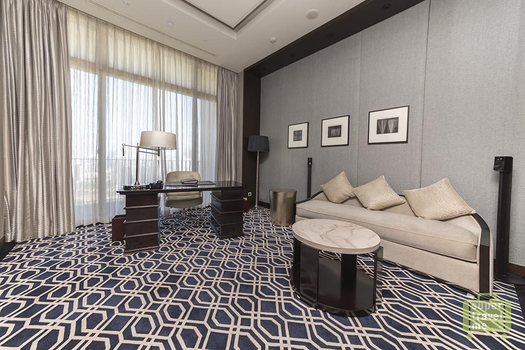 Fairmont Jakarta - Presidential Suite working area