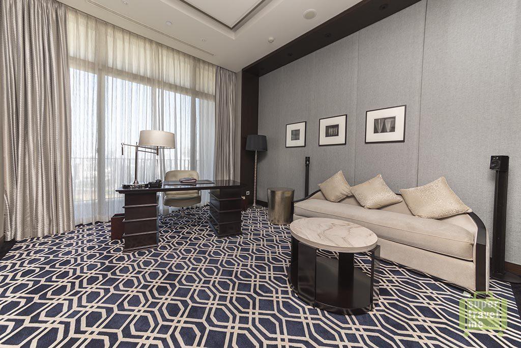 Fairmont Jakarta - Presidential Suite working area