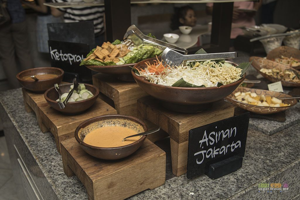 Fairmont Jakarta - Buffet Spread at Spectrum