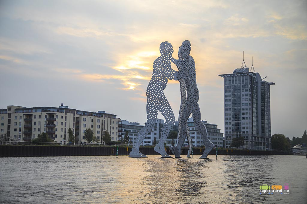 Molecule Man Sculpture designed by American Artist Jonathan Borofsky  on the Spree River in Berlin, Germany