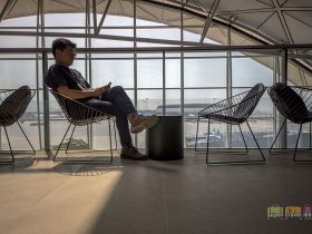Cathay Pacific - The Deck - Hong Kong International Airport - Terrace 454