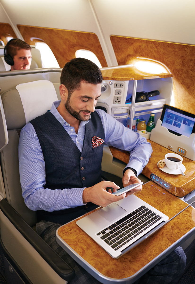 Emirates Smartphone Usage onboard (Emirates photo)