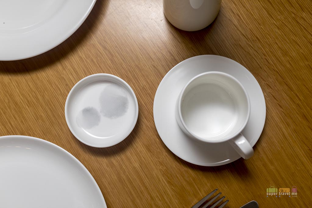 Part of the 16 piece fine bone China Noritake Crockery by David Caon