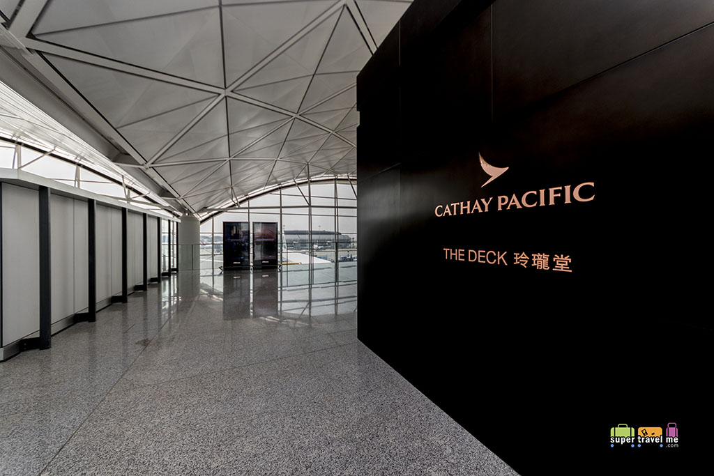 Cathay Pacific - The Deck - Hong Kong International Airport - Entrance