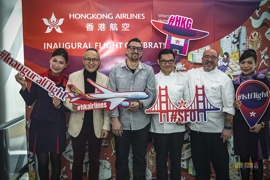 Chef Chris Cosentino and Inflight catering chef for Hong Kong Airlines in San Francisco Airport 1G7A3002