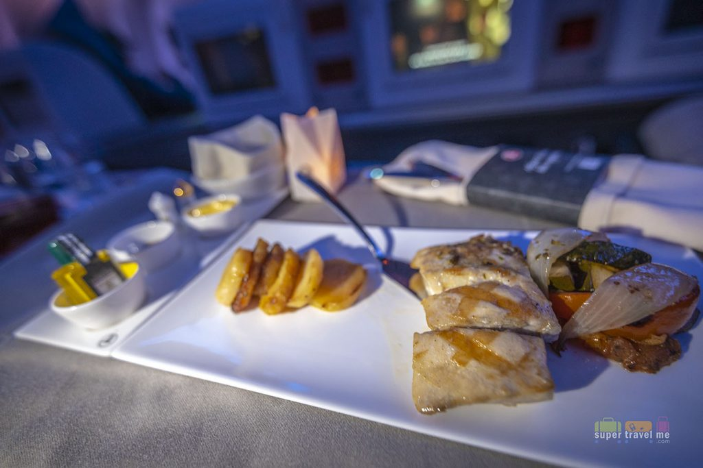 Grilled Sea Bass with Tuscany style vegetables and pan fried potato slices served onboard Turkish Airlines TK55 from Singapore to Istanbul