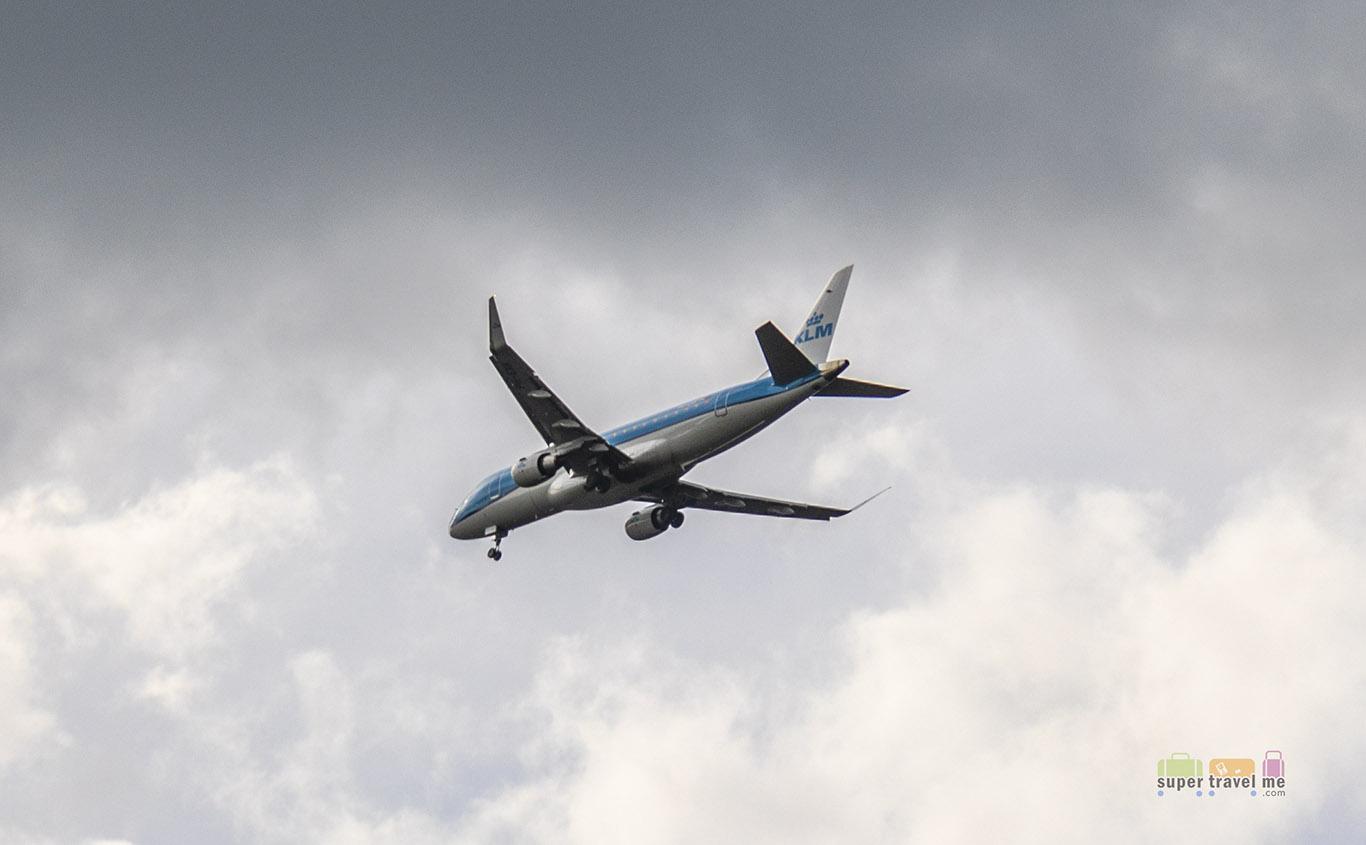 KLM landing in Frankfurt Airport 23 April 2018 8970