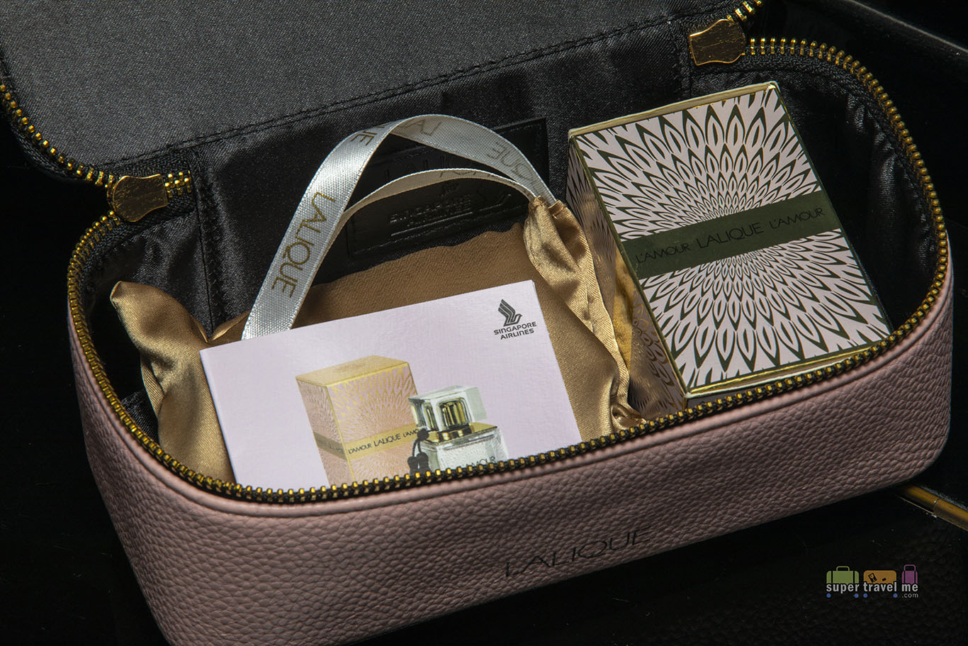 Singapore Airlines First Class Amenity Kit (Lalique Ladies - Open) 4442