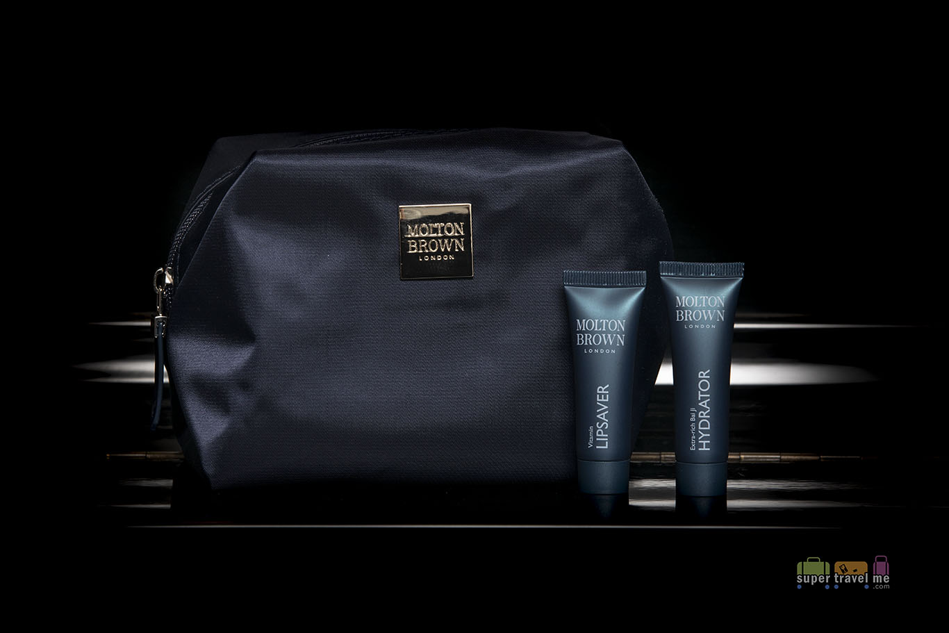 Turkish Airlines Molton Brown amenities in kit 4326