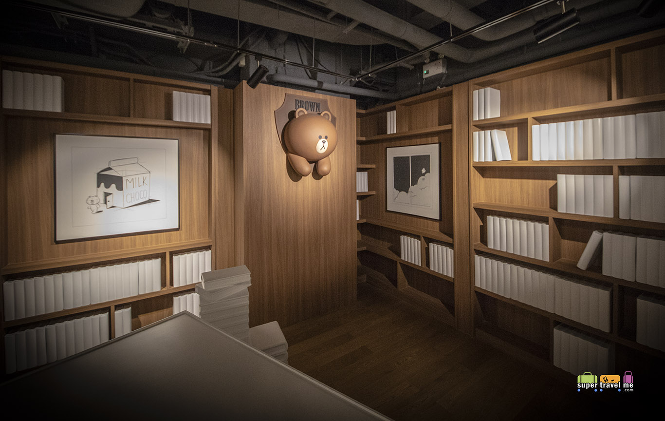 BROWN's Mystique Library at LINE VILLAGE BANGKOK