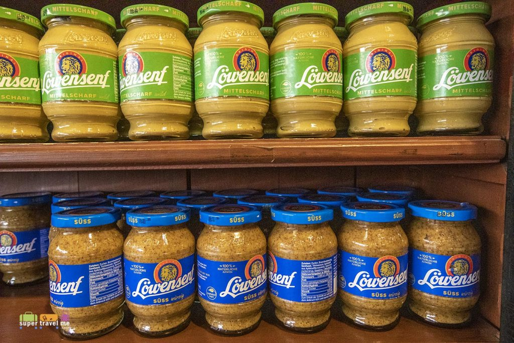 Löwensenf Mustard