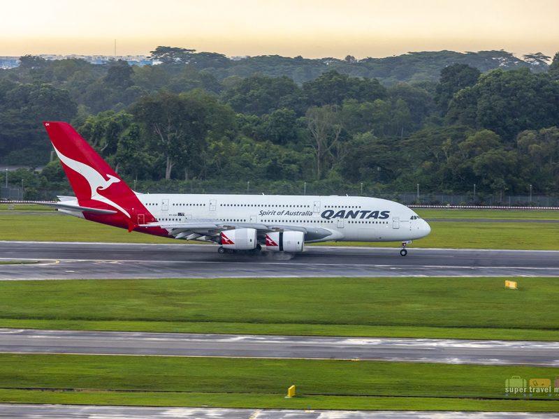 Qantas A380 landing in Singapore Changi Airport