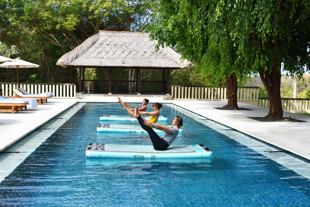 Aqua Yoga (REVĪVŌ Wellness Resort photo)