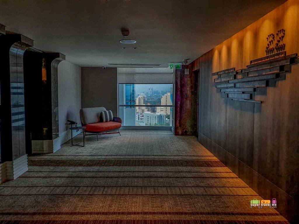 Doubletree by Hilton Ploenchit Lift Lobby