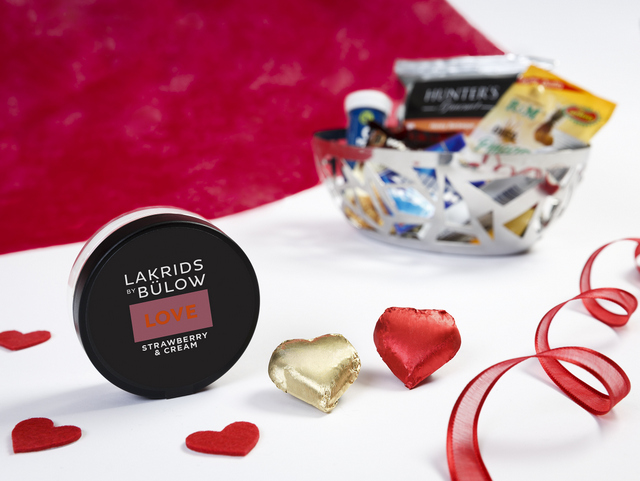 Emirates Valentine's Day 2019 First Class on board - Lakrids product (2)