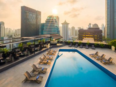Rooftop Pool (Hilton Singapore Photo)
